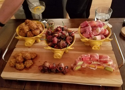 Three Little Pigs appetizer